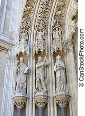 Statues of saints in Zagreb - Statues of saints above the...