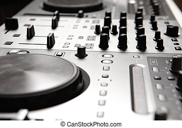 dj mixer - Dj mixer equipment to control sound and play...