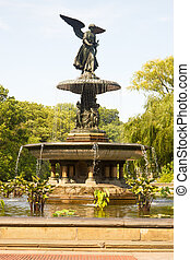 Bethesda Fountain, Central Park, New York - The Angel statue...