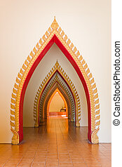 Arched walkways. - Arched walkway to honor Buddha.