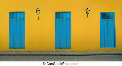 Old havana facada - Detail of Old Havana building facade in...