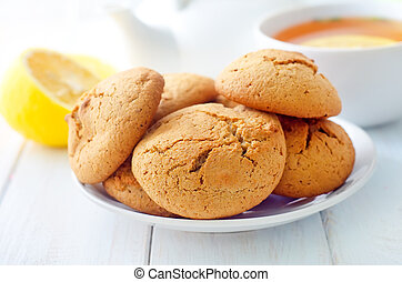 Sweet cookies with fresh tea