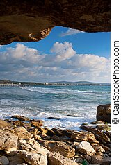 Sea and rock frame