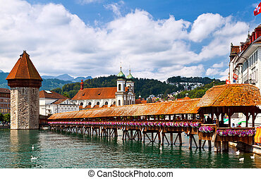 Chapel Bridge in Lucerne - Famous wooden Chapel Bridge in...