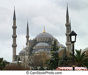 Sultan Ahmed Mosque - the Sultan Ahmed Mosque in Istanbul...