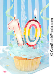 boy\\\'s tenth birthday - boy\\\'s tenth birthday cupcake...