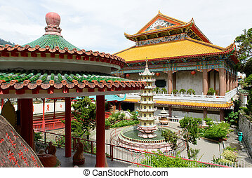 Temple of supreme bliss Kek Lok Si, Penang - Temple of...