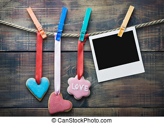 Valentine cookies and picture frame hanging