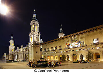 night famous plaza del pilar in the center of the city of...