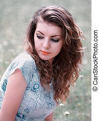 Young woman outdoor - Young woman in her 20s, portrait...
