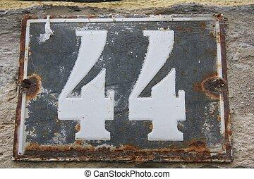 numero, 44