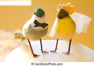 Two Birds Cake - Showing the saying birds of a feather stick...