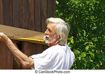 Attractive old man measure distance (do it yourself) - Old...