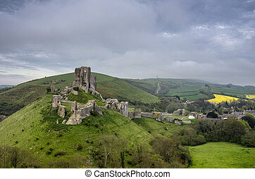 Corfe Castle in Dorset - The ruins of Corfe Castle in Dorset...