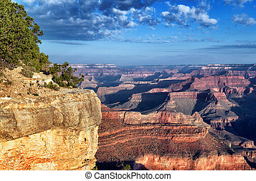 horizontal view of famous Grand Canyon