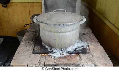 pot water boil flow burn