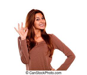 sorrindo, jovem, mulher, dizendo, grande, trabalho, dela,...