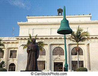 Ventura or San Buenaventura city hall - Father Junipero...