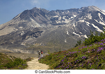 Hiking Mount Saint Helens National Park Washington - Hiking...
