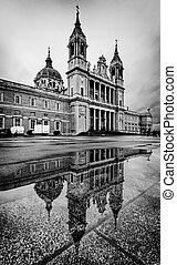 Almudena Cathedral in Madrid, Spain - The Royal Almudena...