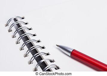Notizbuch und Kugelschreiber - Das Foto zeigt ein...