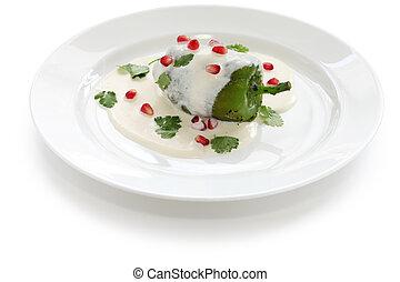 chile en nogada - mexican cuisine