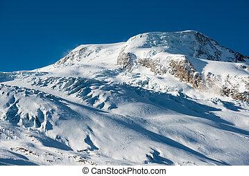 Albhubel mountain peak in Winter