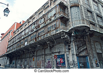 Abanodned building in Lisbon