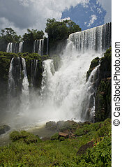 Salto Bossetti at the Iguazu Falls - the spectacular Salto...