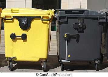 Containers with garbage