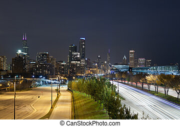 Chicago at night - Image of Chicago skyline at night