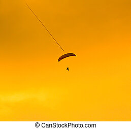 Paramotor, pôr do sol