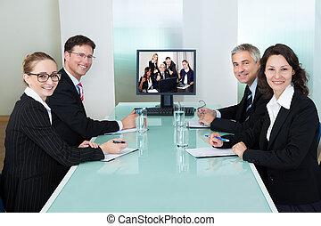 監視, プレゼンテーション,  businesspeople, オンラインで