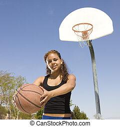 Adolescente, baloncesto, tribunal