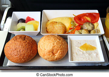 lunch in airplane