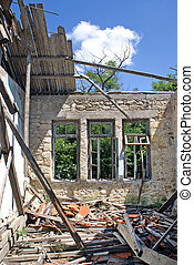 Remains of a house after an earthquake