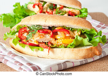 Grilled chicken sandwich with paprika and lettuce