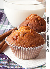 muffins with raisins - Delicious muffins with raisins and...
