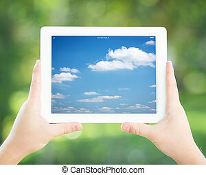 Man holding tablet PC