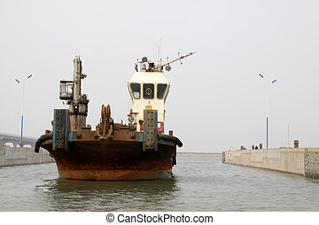 tugboat - a tugboat will dock, Luannan County, Hebei...