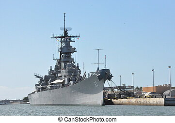 USS Missouri Battleship in Hawaii - USS Missouri Battleship...