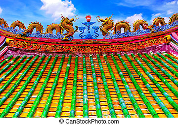 The dragon roof - The colorful dragon roof in the chainese...