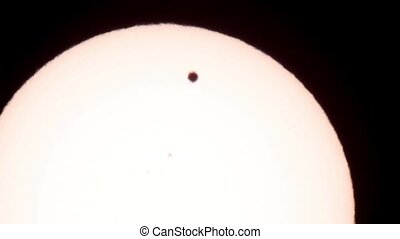Passage of Venus across the disk of the Sun 06062012,...