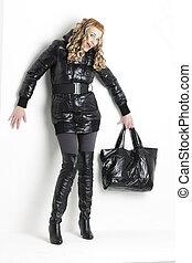 posición, mujer, Llevando, negro, ropa, tenencia,...