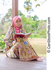 Muslimah Concept and technology