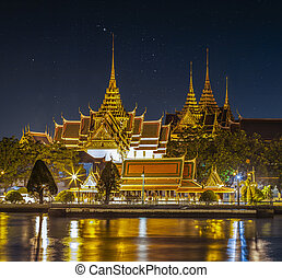 Wat Prakeaw with night sky