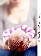 cullando, neonato, madre, lei, bambino