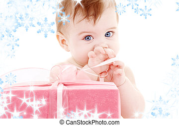 baby boy with gift box - picture of baby boy with big gift...