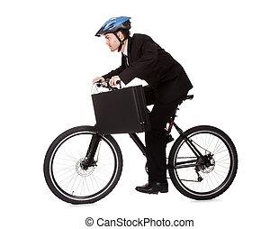 hombre de negocios, equitación, bicicleta