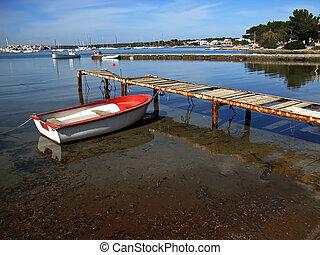 Boat in the pier